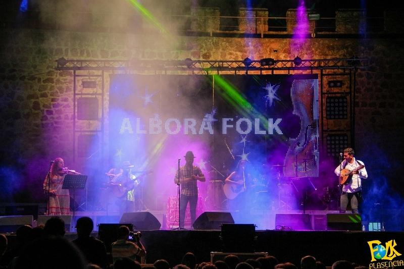 Plasencia baila al ritmo de canciones tradicionales de Extremadura rescatadas en Móstoles por hijos de extremeños