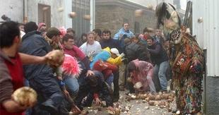 Piornal espera batir récord de visitantes en la fiesta de Jarramplas este fin de semana