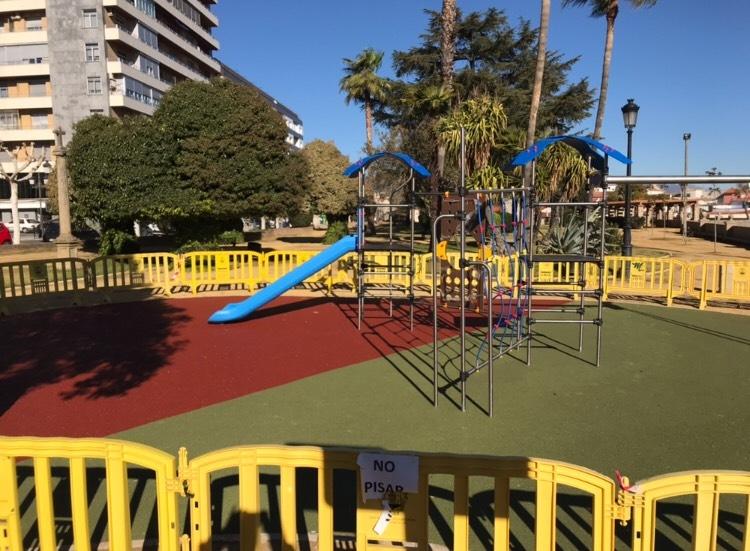 Esta Semana se abren los nuevos parques infantiles del parque de la Rana de Plasencia