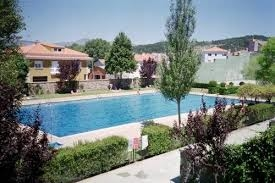 El Ayuntamiento de Piornal saca a concurso la explotación del bar de la piscina