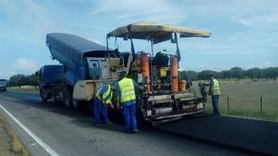 La Diputación de Cáceres rehabilita la carretera de Oliva de Plasencia a la Ex-205