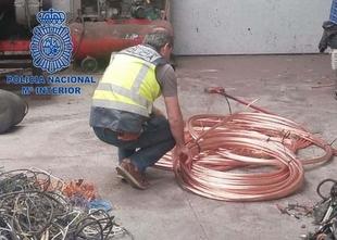 Detenidos dos empleados de una empresa por robar 3.500 kilos de cobre de almacenes de Plasencia y Moraleja