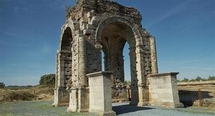 El Festival de Mérida en la ciudad romana de Cáparra arranca este jueves con 'Calígula'