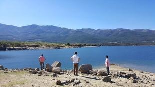 Los técnicos de la Diputación de Cáceres analizan la viabilidad para la construcción de un embarcadero en el embalse de Baños de Montemayor