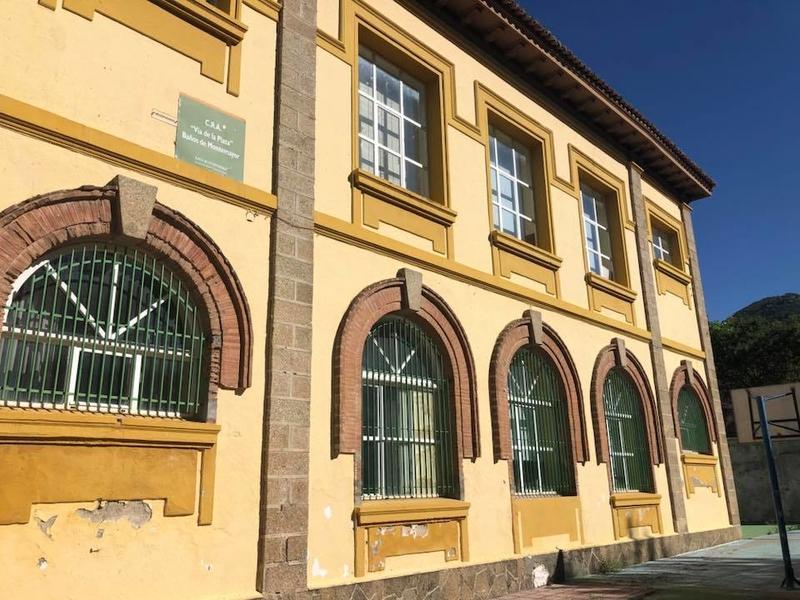 Esta semana comienzan las obras en el tejado del colegio de Baños de Montemayor