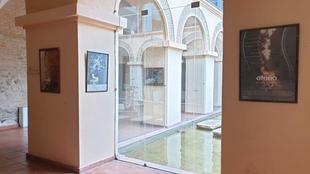 La Hospedería Valle del Ambroz de Hervás acoge una exposición sobre los carteles del Otoño Mágico