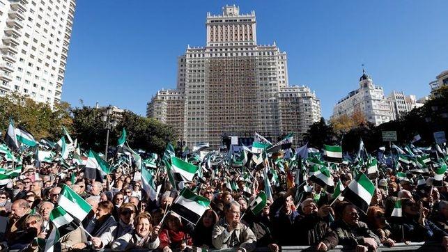 El Ayuntamiento pone a disposición de los ciudadanos autobuses para asistir a las manifestaciones ''por un tren digno''