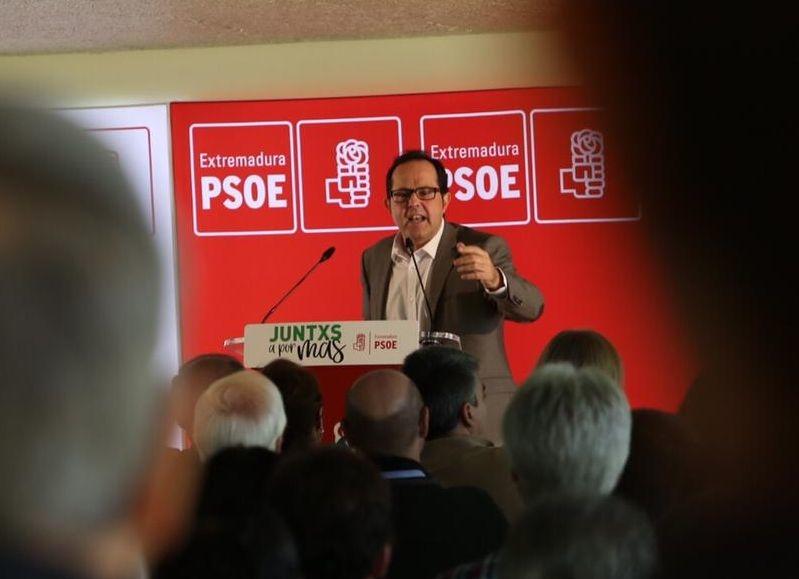 Presentado Raúl Iglesias como candidato del PSOE a la alcaldía de Plasencia