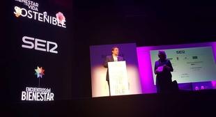 Fernández Vara asiste en Plasencia al congreso sobre bienestar y vida sostenible