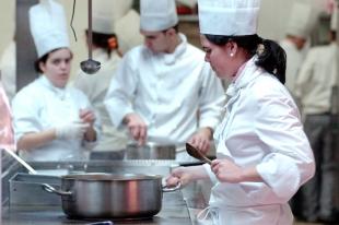 Abierto el plazo de inscripción para la Escuela de Cocina