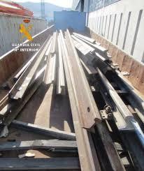 Detenidos dos hombres como supuestos autores del hurto de 13 toneladas de material ferroviario