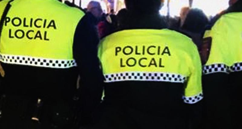 La patrulla a pie de la Policía Local denuncia a 6 gorrillas por ejercer de aparcacoches ilegales