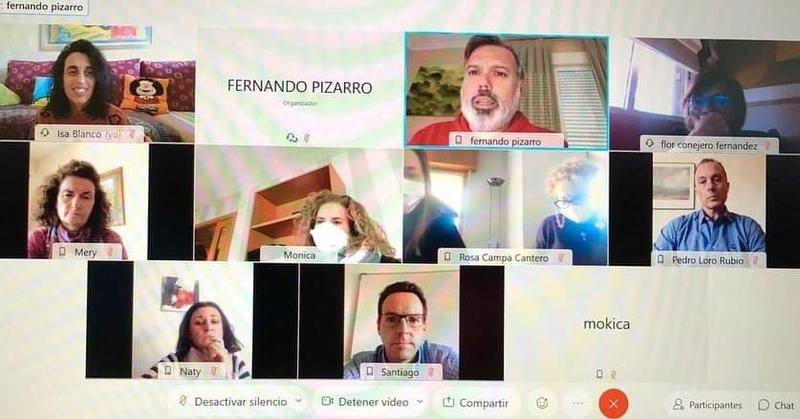 Pizarro se reúne con los trabajadores del CRPS para trasladar la situación del centro tras el recorte presupuestario de la Junta de Extremadura