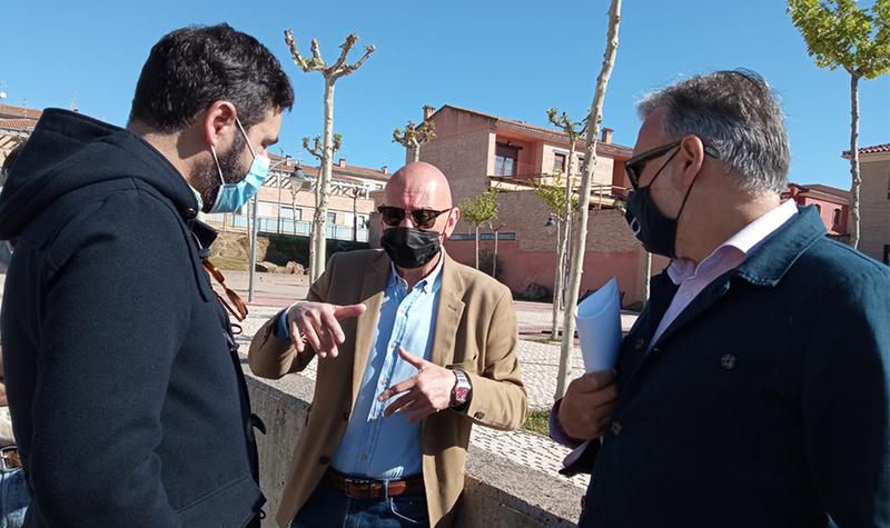 Mejora del caudal del agua y una nueva entrada al barrio son algunos de los proyectos del Ayuntamiento en Ciudad Jardín