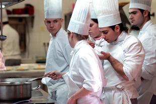 La Escuela de Cocina abre el plazo de matriculación para el próximo curso