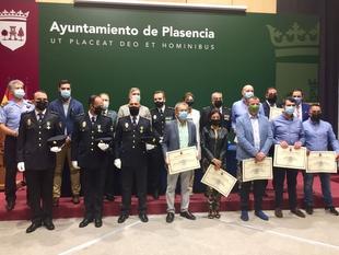 """El Alcalde Pizarro pone en valor el trabajo de los cuerpos y fuerzas de seguridad del Estado en el acto de los """"Ángeles Custodios"""""""